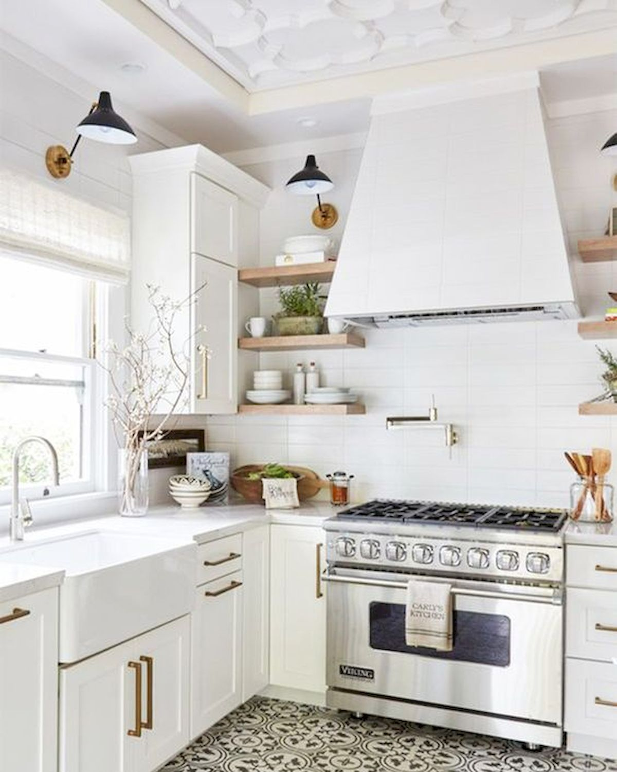 decor and design 38 best farmhouse kitchen decor and design ideas for 2018 40 Best Modern Farmhouse Kitchen Decor Ideas And Design Trend In 2019 (38).  Published December 21, 2018 at 1200 × 1500 ...