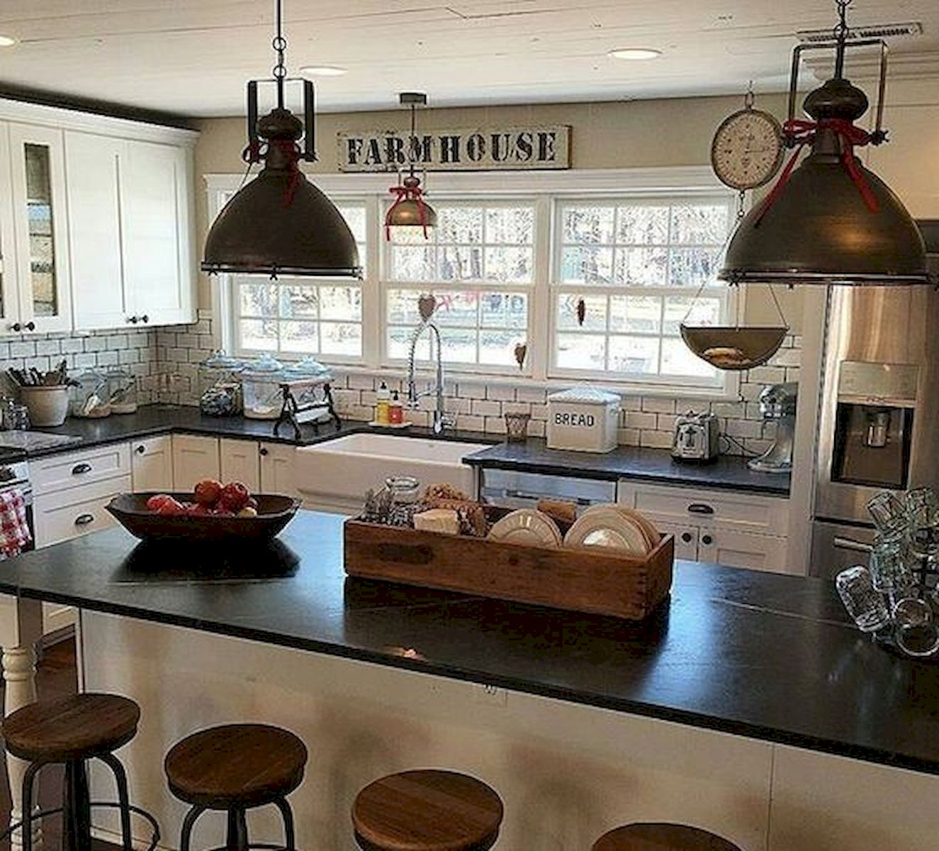 60 Great Farmhouse Kitchen Countertops Design Ideas And ... on Farmhouse Counter Tops  id=29296