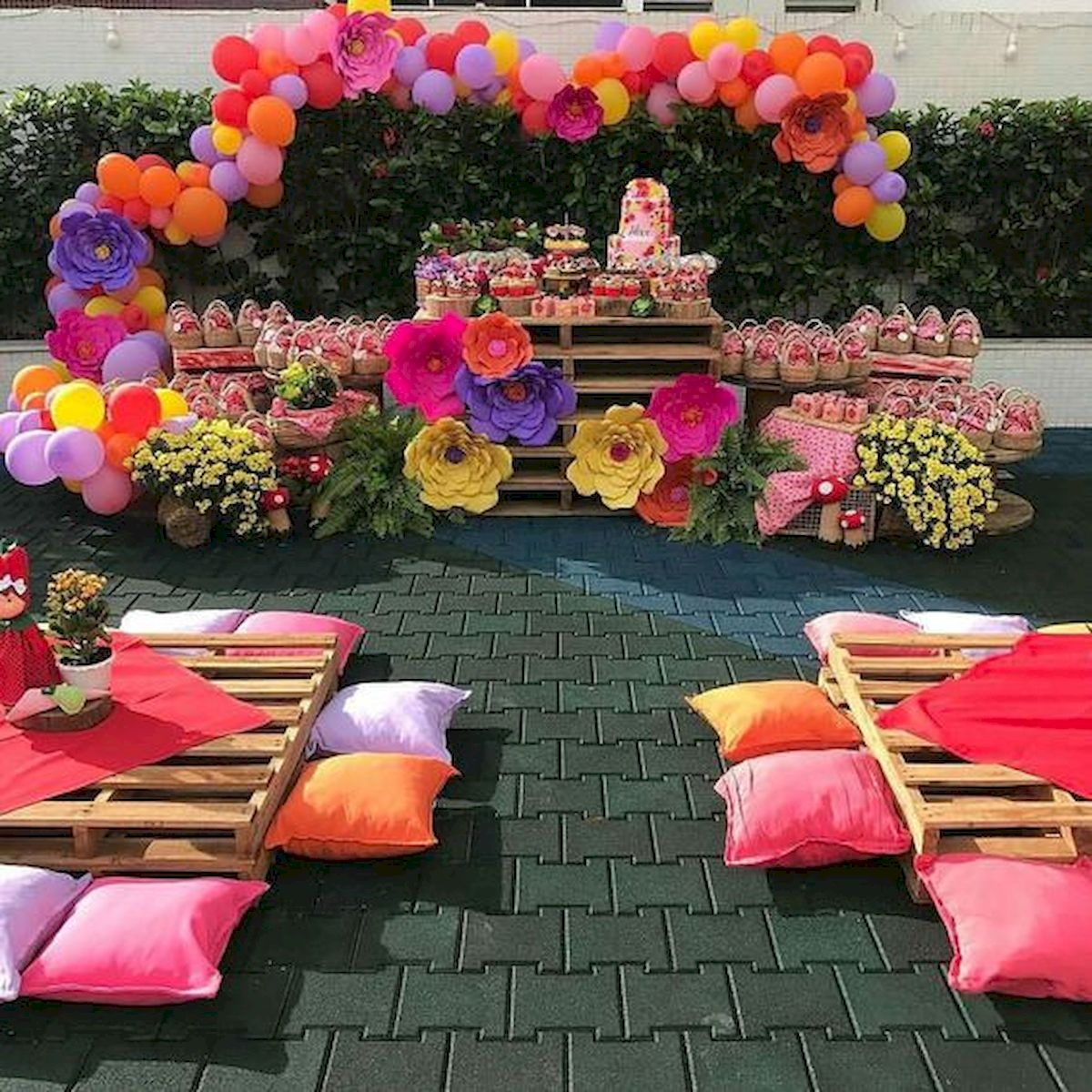 Garden Party Decorations Ideas (55)